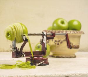 Back to Basics, A505, Original Style Hand Crank, Apple Potato Peeler ,with Suction Base, Red Coated Aluminum